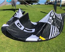 Core Section 3 10 metre kiteboarding kite