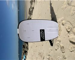Axis Tray 94 Carbon 94 cm foiling kite foilboard