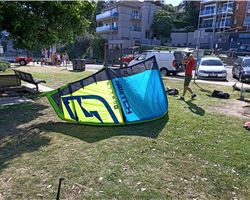 Switch Kites Nitro 6 9 metre kiteboarding kite
