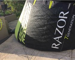 Ocean Rodeo Razor  10M  ( Similar To Dice.) kitesurfing kite