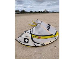 Core Xr2 9M And 12M kiteboarding kite