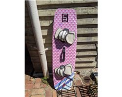 Cardboards Fr Girls Grom Freeride 128 cm kiteboarding twintip