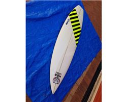 Hog Custom Square Tail Thruster surfing shortboards (under 7')
