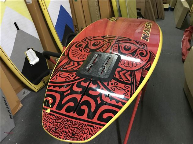 2016 Naish Hokua X32 Gt With Hydrofoil Mount - 7' 10""