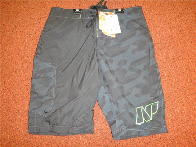 2016  Np Freeballer Short