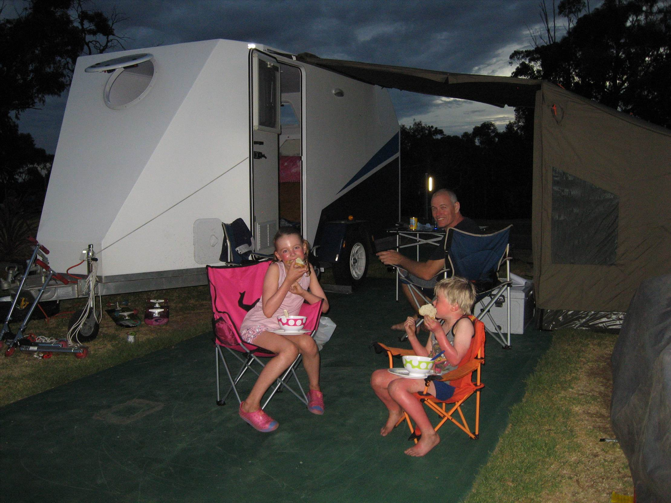 Hot teens camping with toys — 5