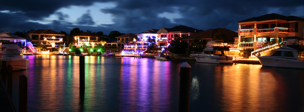 Check out the Neighbourhood Xmas lights by paddle this year! - Check Out The Neighbourhood Xmas Lights By Paddle This Year! Seabreeze