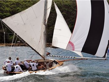 Historical 18ft Skiffs Race on Sydney Harbour. - Sailing News