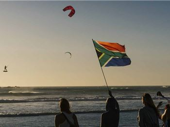 Red Bull King of the Air - First Rounds Complete! - Kitesurfing News