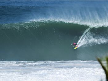 The Mexican Pipeline Goes OFF for Puerto Escondido Challenge - Surfing News