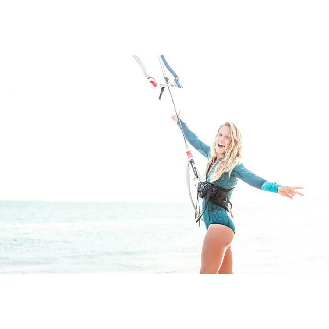 beste-kitesurferinnen-nackt