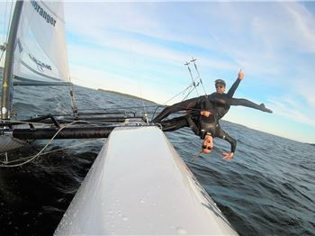 This is what happens when a gymnast goes sailing on a Nacra. - Sailing News