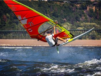 Tectonics Maui Fins comes to Windsurf Systems - Windsurfing News