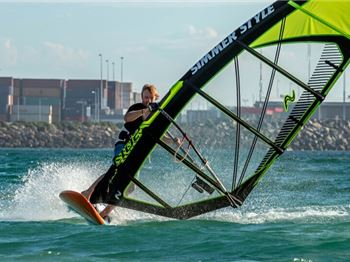 Jesper Orth joins Simmer Style as a team rider and importer - Windsurfing News
