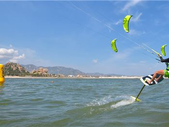 A True Test of a Kiteboarders Skill: CR:X Class - Kitesurfing News
