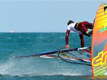 French Freestyle at the '17 Mondial Du Vent - Windsurfing News