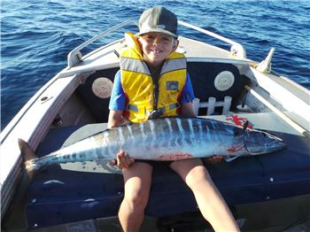I've hooked a fish! Now What? (Handling Fish) - Fishing News