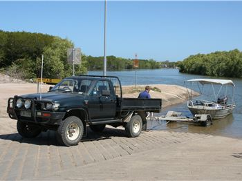 Seatbelts on Boat Ramps? QLD Police say YES! - Fishing News