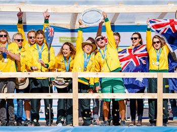 Aussie Team Proves Unbeatable in SUP Worlds