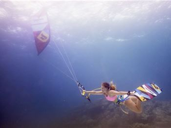 Kiteboarding Underwater - When diving meets kiteboarding
