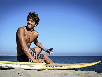 Kai Lenny has Left Major Sponsor Naish. SERIOUSLY! - Stand Up Paddle News