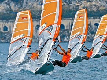 Windsurfing Development Program
