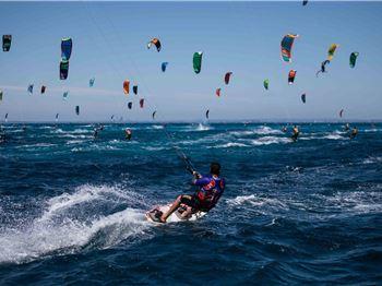 2018 Red Bull Lighthouse to Leighton Kiteboard Race - Kitesurfing News