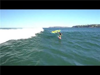 Wingsurfing an unsurfable wave - Wing Foiling News