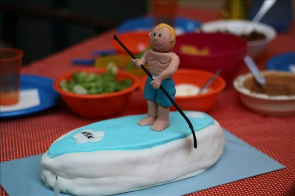 Happy Birthday To You A Sup Themed Cake For Two Seabreeze