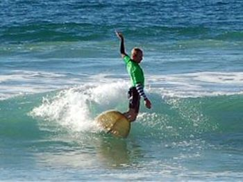 Old Mal Australia Traditional Surfing Resurgence - Surfing News