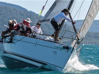 Airlie Beach Race Week: entry closes in one week - Sailing News