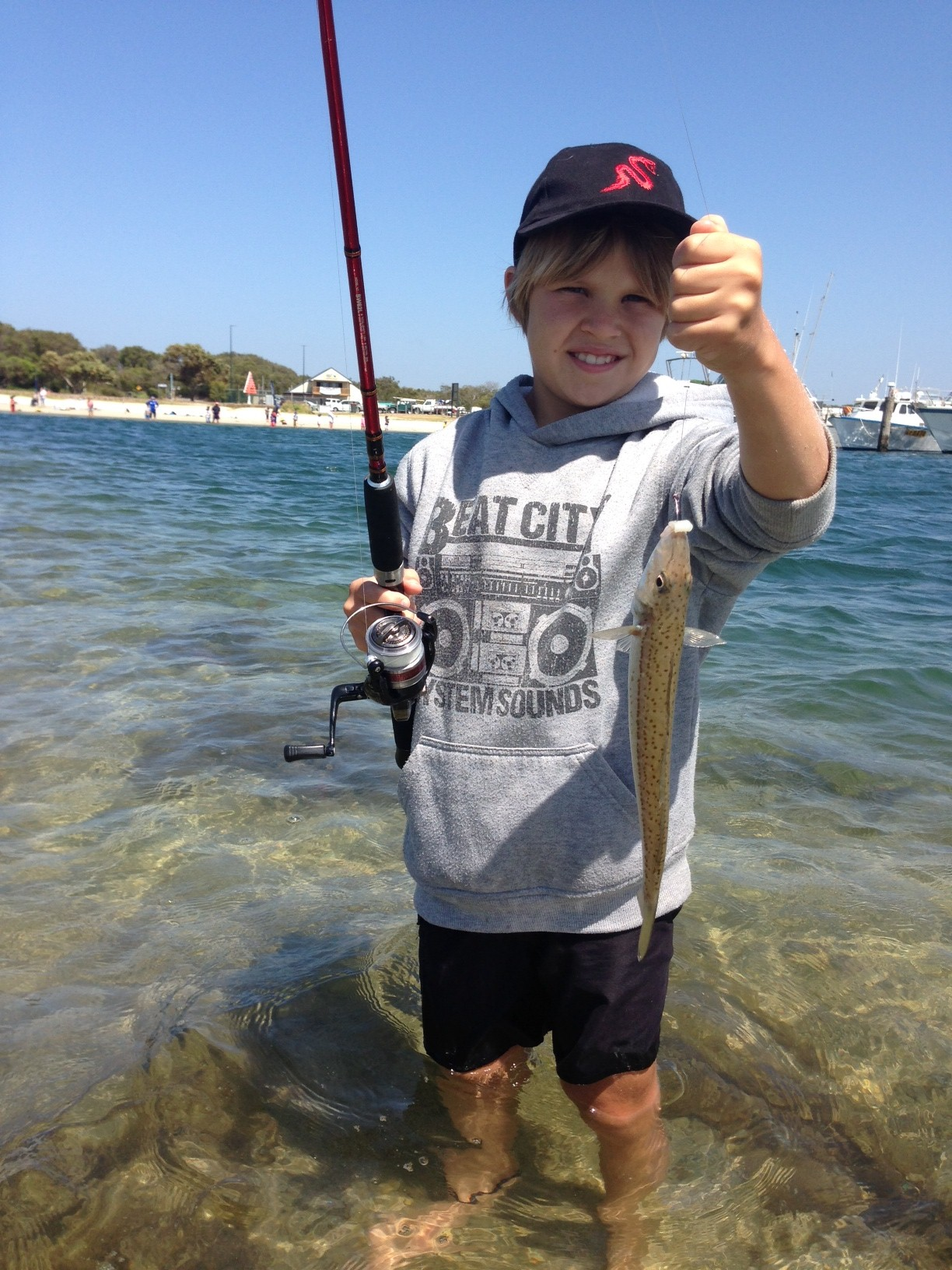 Free fishing clinics from fisheries victoria seabreeze for Free fishing spots near me