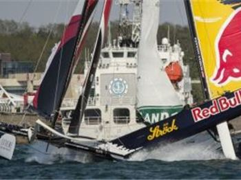 Red Bull Catamaran involved in huge crash - Extreme 40's - Sailing News