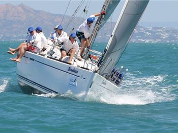 SeaLink Magnetic Island Race Week: helping hand eases path - Sailing News
