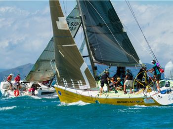 Airlie Beach Race Week: size not important to ship of mates - Sailing News