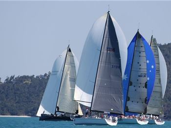 Airlie Beach Race Week 2014: one day to close of entries - Sailing News