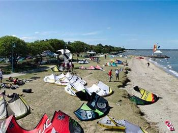 How to keep your kitesurfing safe this summer - Kitesurfing News