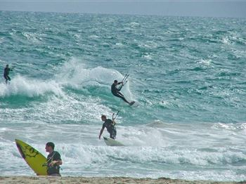 Safe Kiting Guidelines - Kitesurfing Articles