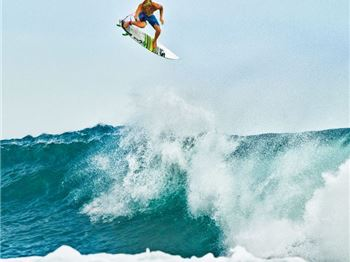 The Pipe Rodeo and Impossible Recovery - John John Florence - Surfing News