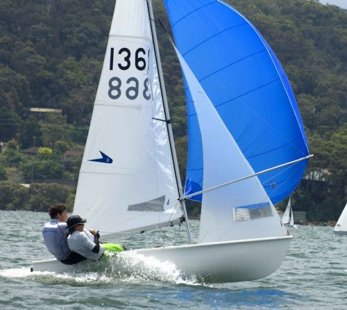 The Best Dinghy Choice for Junior Sailors - Flying 11