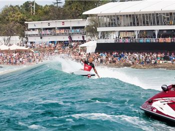 WSL Extends waiting period for Quiksilver & Roxy Pro - Surfing News