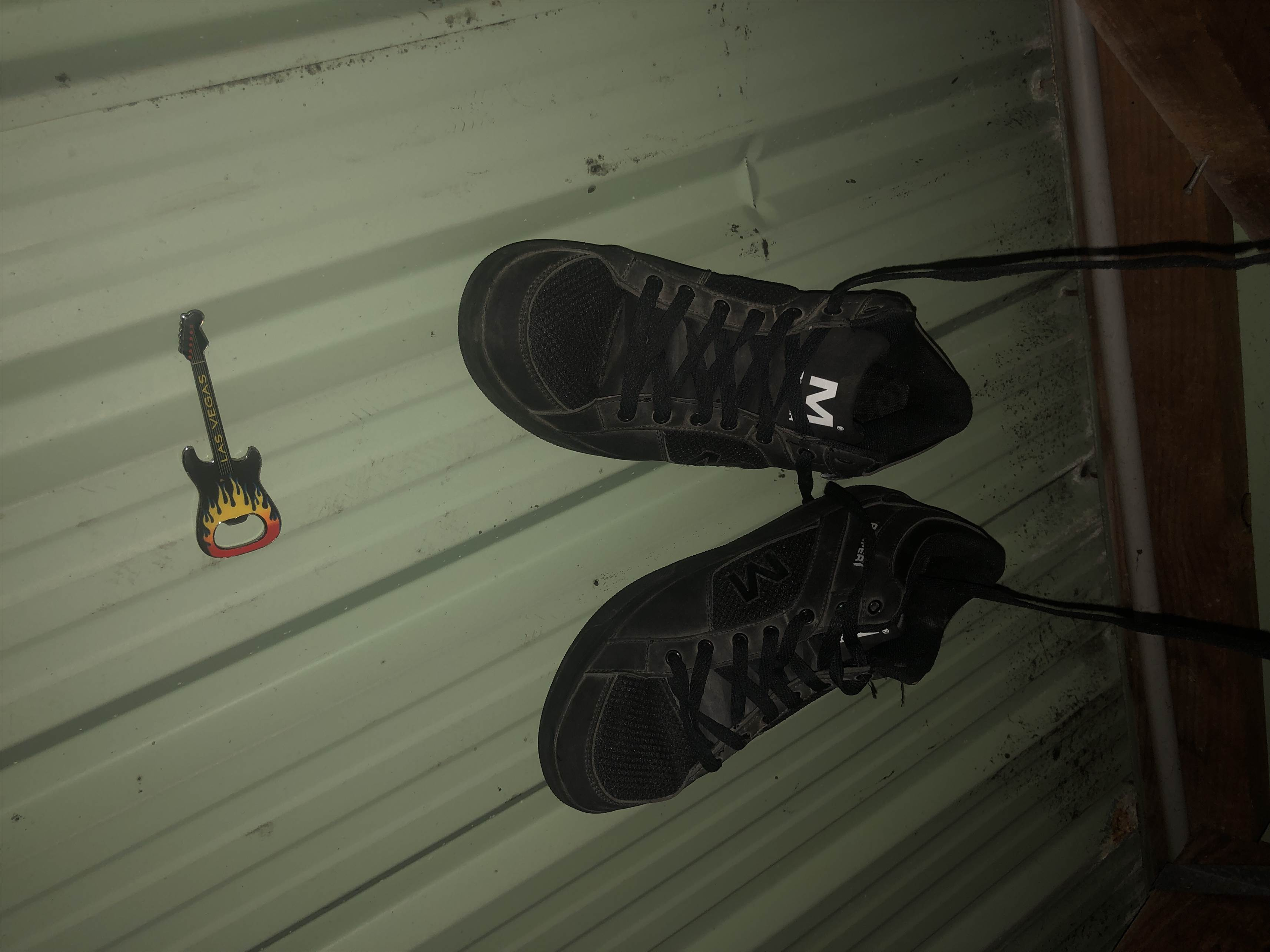 Magnetic Roofing Shoes General Discussion Forums Page 1